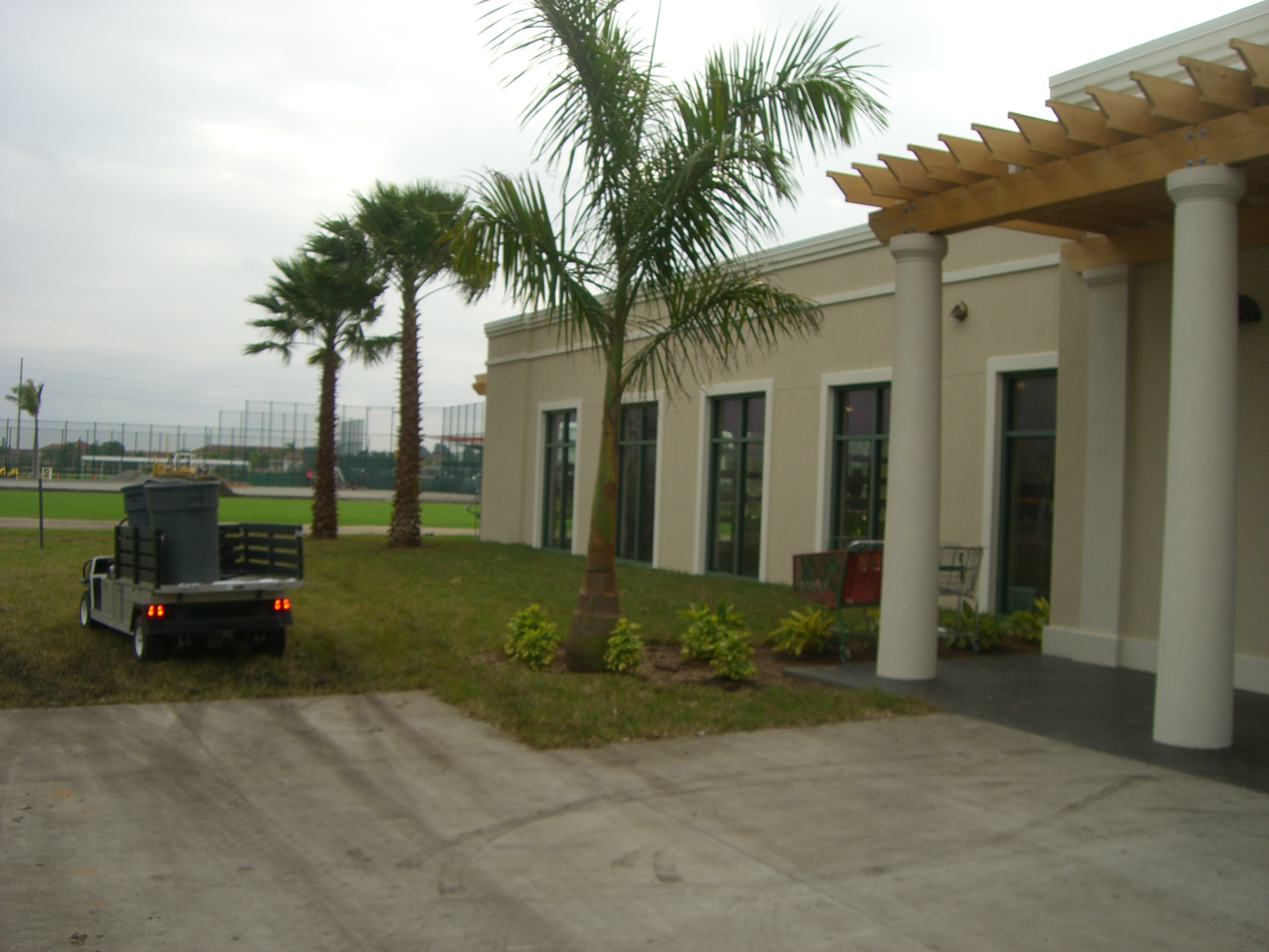 side of clubhouse2