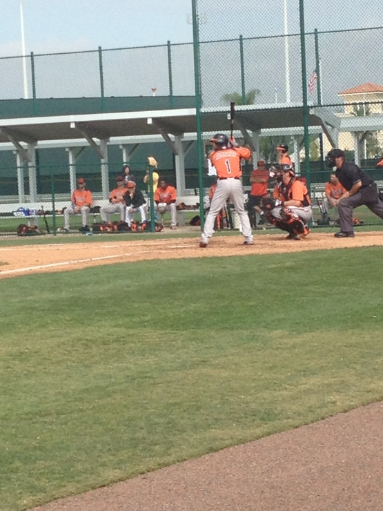 Brian Roberts hitting off Zach Britton