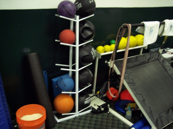 The Fort Lauderdale complex had a small inside room and a tent outside for free weights